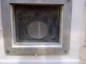 Lápida de la tumba de Manuel Tarazona Anaya en el cementerio de San Rafael.