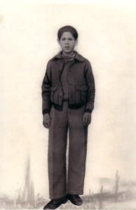 27.Francisco Urbano Baena escapó con sólo 14 años de Montilla al triunfar la sublevación y se alistó en el Ejército republicano. Al acabar la guerra lo internaron en el campo de concentración del cuartel de la Aurora (Málaga).