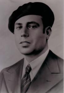 68.El jefe de milicias Manuel García Espejo, secretario de las Juventudes Socialistas en 1934 y contador de la Casa del Pueblo en 1935. Líder de la resistencia antifascista en los primeros días de la guerra, alcanzó el grado de capitán del Ejército republicano. Fue fusilado el 18 de agosto de 1940.