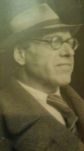 Antonio Buendía Aragón en 1942, durante su exilio en Chile.