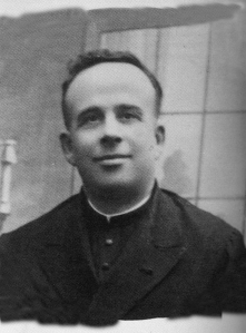 Rafael Reyes Moreno, sacerdote de la parroquia de Santa Marina, asesinado en las escuelas de Vilches.